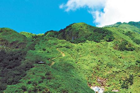 風情照片-冷水坑觀景台眺七星山。圖╱劉川裕