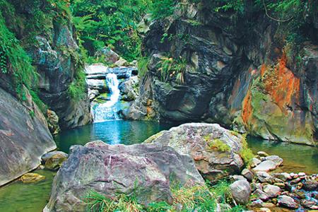 風情照片-幽靜的仙女瀑布。