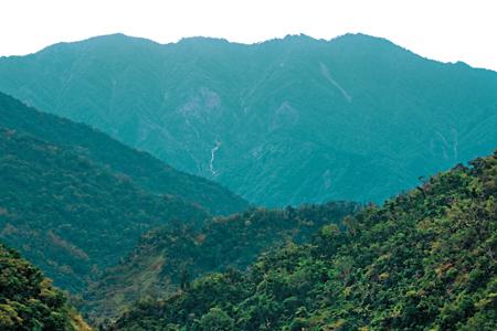 風情照片-家源橋眺三星山。
