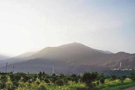 風情照片-名列屏東三大名山的棚集山。圖/王建欽