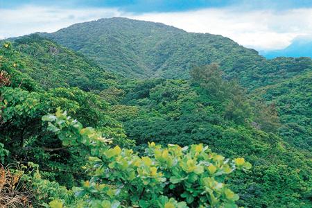 風情照片-蘭嶼舊稱紅頭嶼,紅頭山是最高峰。
