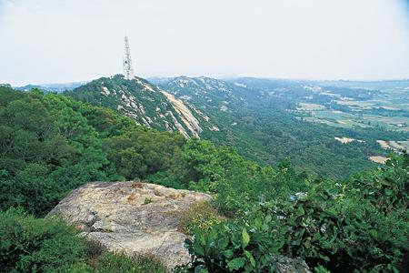 風情照片-觀兵奕棋處眺南太武山沿稜。
